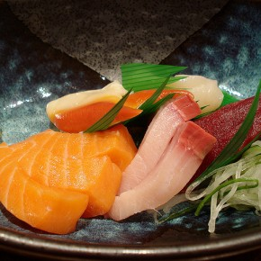 Texture and Color ofSashimi
