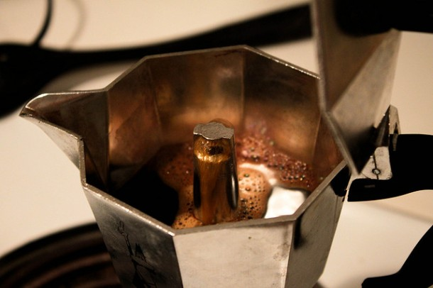 Moka pot during extraction process. Photo Credit: (RyAwesome/Flickr)