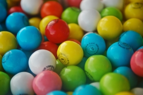 Flavor-Changing Chewing Gum